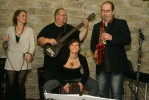 CafeMusicLegends2011-10-29_Micha_012.jpg